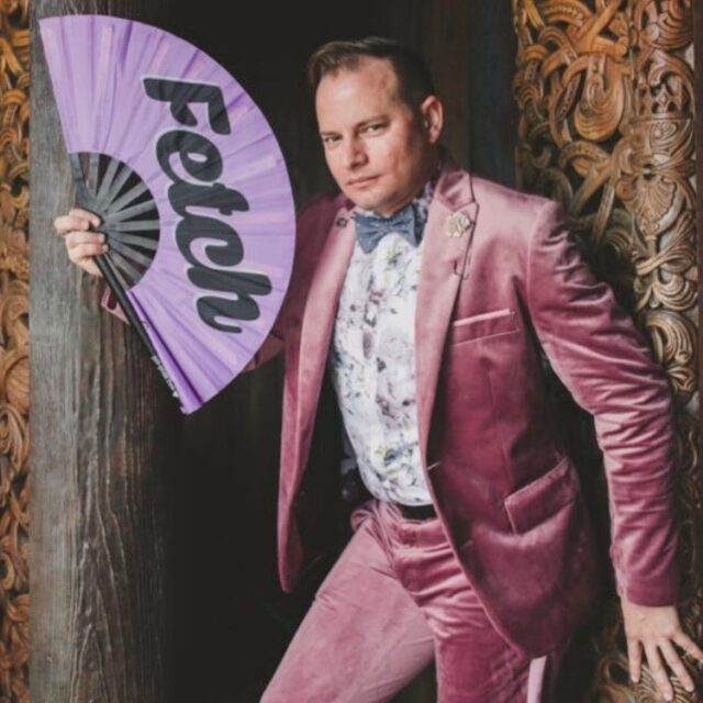 Do you have a statement color for Dapper Day? 🌈 Do share if you are excited about it!  And I think @paulgerbes needs a round of applause for looking so fabulous in PINK VELVET all day last Spring Dapper Day. 🥵💗👏🏻  Imágemária is covering Dapper Day at Magic Kingdom next month! If you'd like to ensure I see you for fabulousness, please secure a time slot by booking your mini session. Limited spaces available!  Details in the FB Event, or message me!  #thedapperdayphotographer #pinkvelvet #sofetch #dapperday @dapperday #disneydapperday